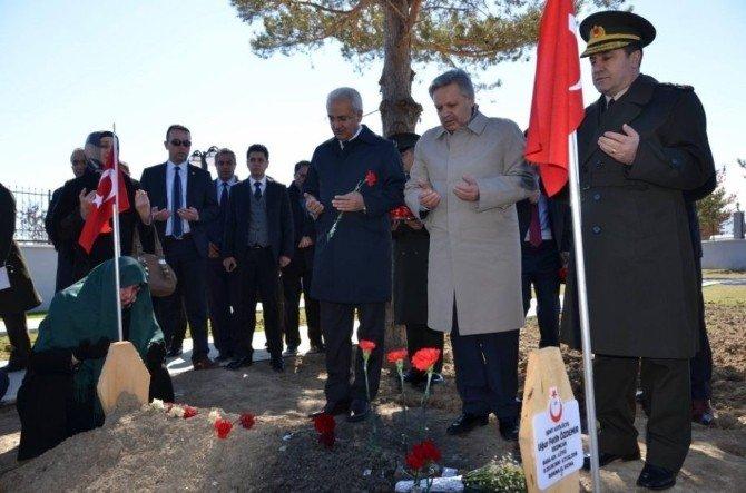 Şehitler, Erzincan Da Anıldı