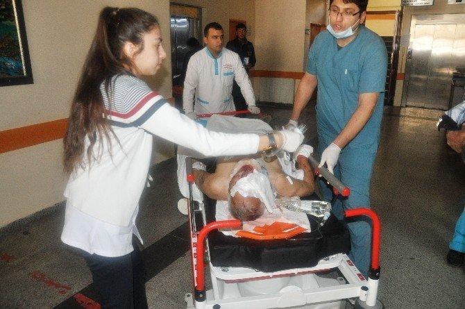 Nizip'te Trafik Kazası: 1 Ölü, 4 Yaralı