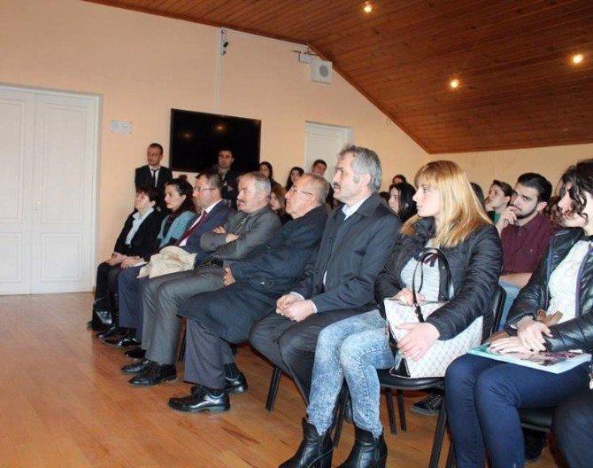 Tiflis'te Türk Edebiyatı Söyleşisi