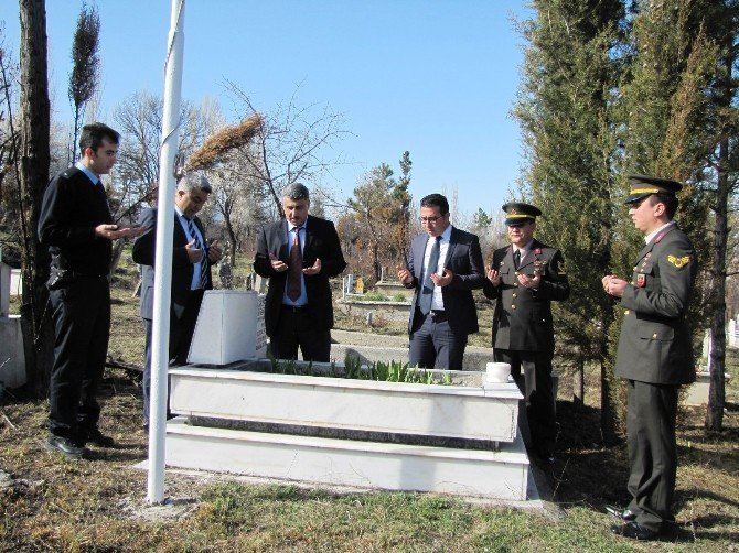 Hisarcık'ta Şehit Mezarlarına Ziyaret