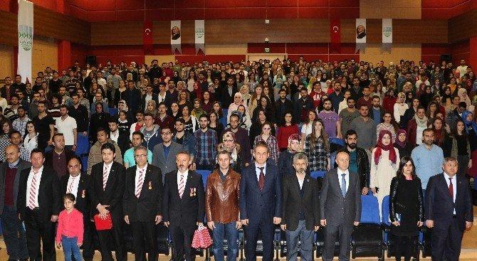 KBÜ'de Öğrencilere Hoşaf Ve Tahıllı Ekmek İkram Edildi