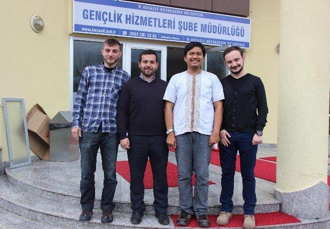 Endonezyalı Kültür Elçisi Ülkesine Dönüyor