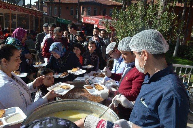 Kula Devlet Hastanesi Çanakkale Şehitlerini Andı