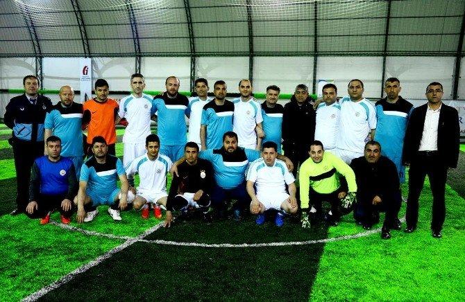 Halı Saha Futbol Turnuvasında Heyecan Dorukta