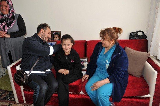 Engelli Esma'nın Tekerlekli Sandalye Sevinci