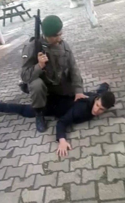 Hasmını Öldüren Zanlıyı Asker Böyle Etkisiz Hale Getirdi