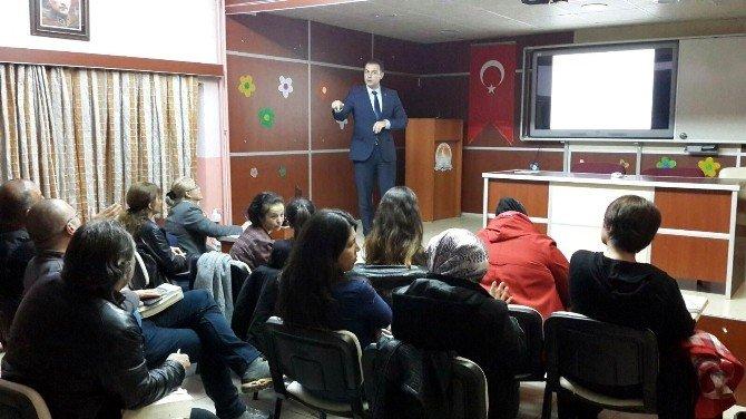 Eğitim Bir-sen Üyeleri İdareci Olabilmek İçin Sınava Hazırlandı