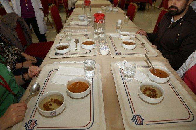 """ERÜ Hastaneleri Personeli Öğle Yemeğinde """"Çanakkale Menüsü"""" Yedi"""