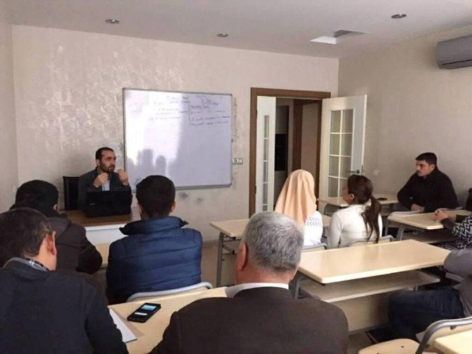 Yenişehir Gençlik Merkezinde Madde Bağımlığı Semineri Verildi