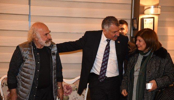 Başkan Karalar, Heykeltıraş Aksoy'u Ağırladı