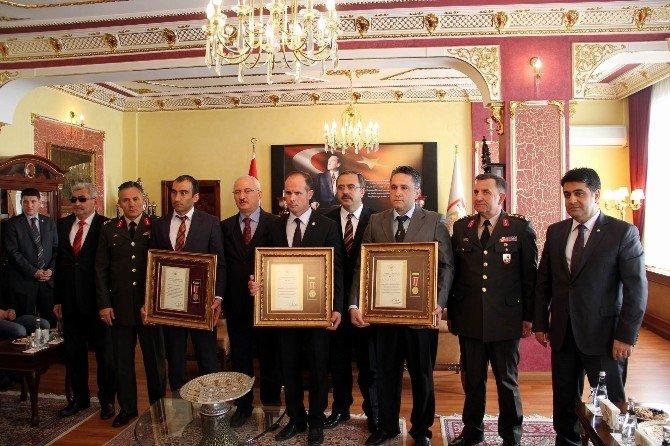 Sivas'ta Devlet Övünç Madalyası Töreni Yapıldı