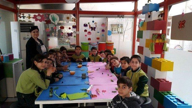 Suriyeli Çocuklara 'Barış' Temalı Atölye Düzenlendi