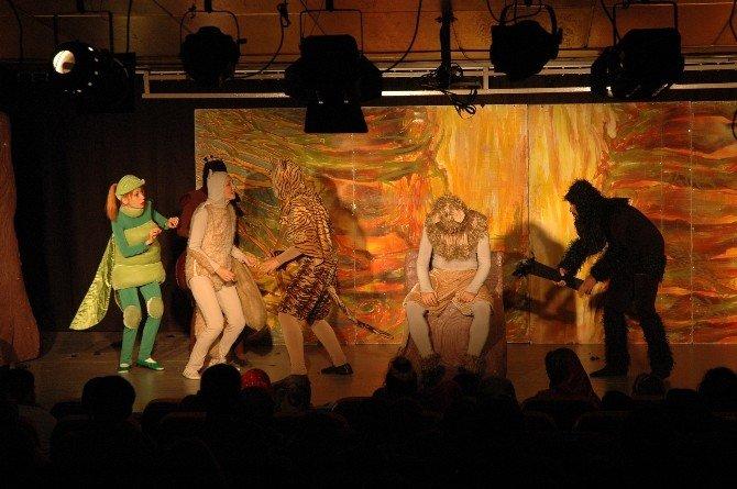 Tepebaşı Belediyesi, Bosch Çevre Çocuk Tiyatrosu'nu Miniklerle Buluşturuyor