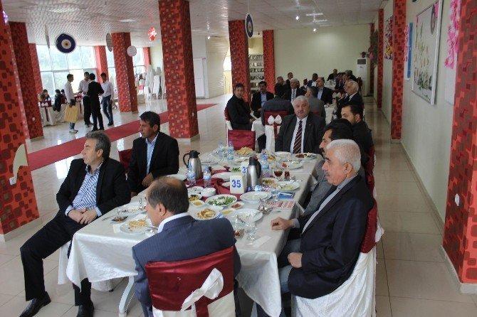 AK Parti Adıyaman Basını İle Bir Araya Geldi