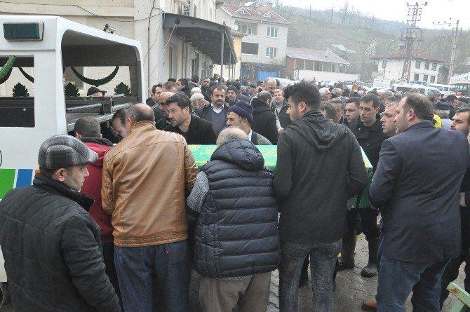 Berlin'deki Patlamada Ölen Türk Memleketinde Toprağa Verildi