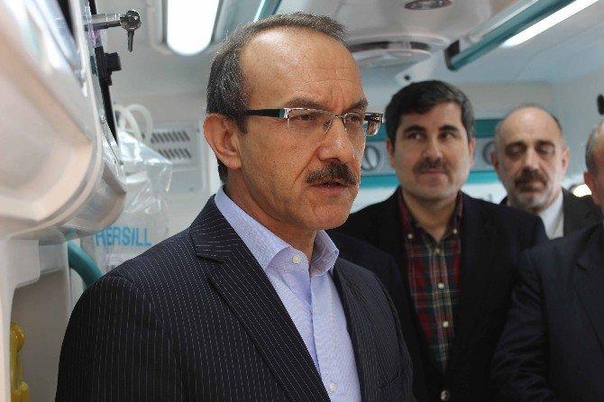 """Vali Seddar Yavuz: """"Bu Millet Çok Hain Plan Görmüştür, Çok Şehit Vermiştir"""""""