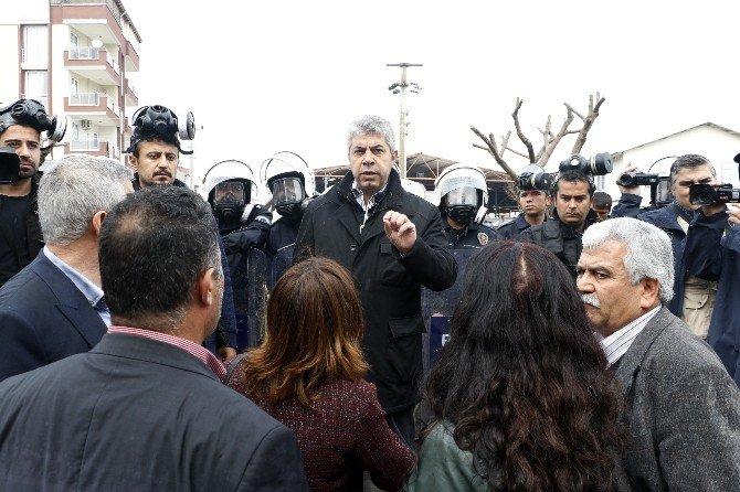 Polis Müdürü, Nevruz Halayı Çekmek İsteyen HDP'li Gruba İzin Vermedi