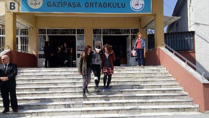 Gazipaşa Ortaokulu'nda Deprem Ve Tehliye Tatbikat