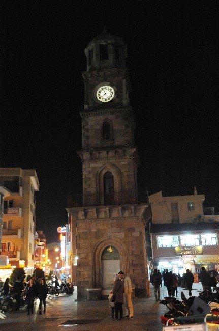 Çanakkale'de Işıklar 1 Saat Kapatıldı
