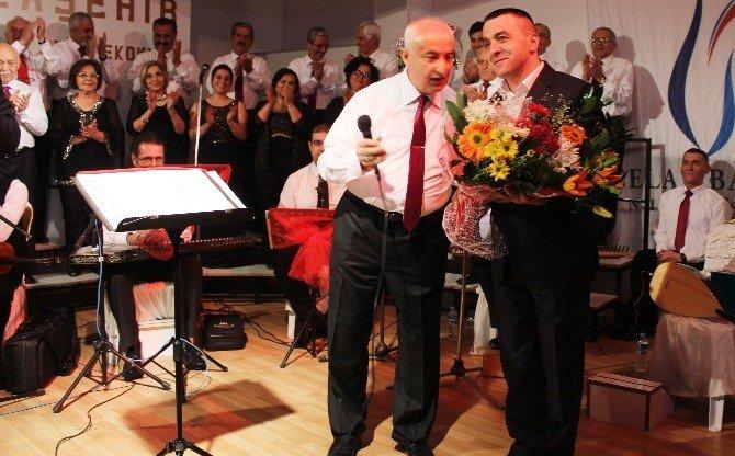 Alaşehir'de Duygulandıran Konser