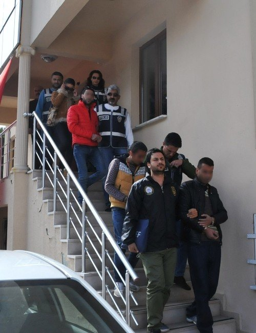 Uyuşturucu Tacirlerinden 3'ü Tutuklandı