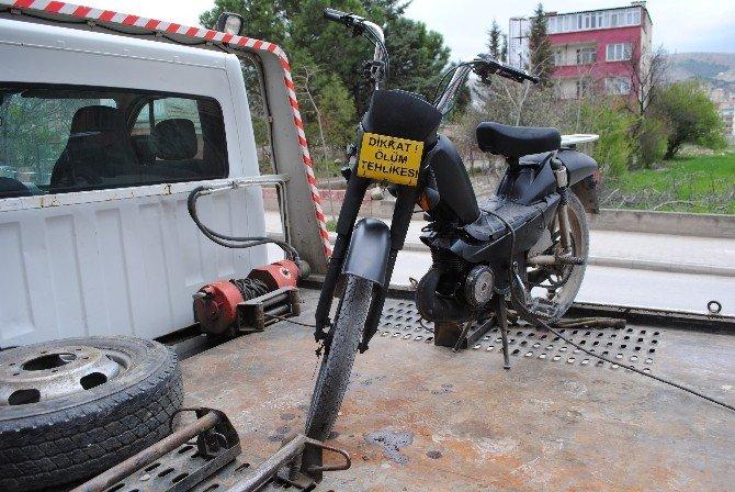 'Ölüm Tehlikesi' Motosiklete Trafikten Men