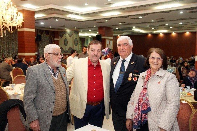 Başkan Kadıoğlu, Şehit Aileleri Ve Gazilerle Bir Araya Geldi