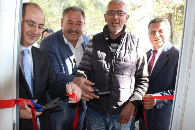 Erzin'de 20 Muhtar İçin Yapılan Hizmet Bürosu Törenle Açıldı