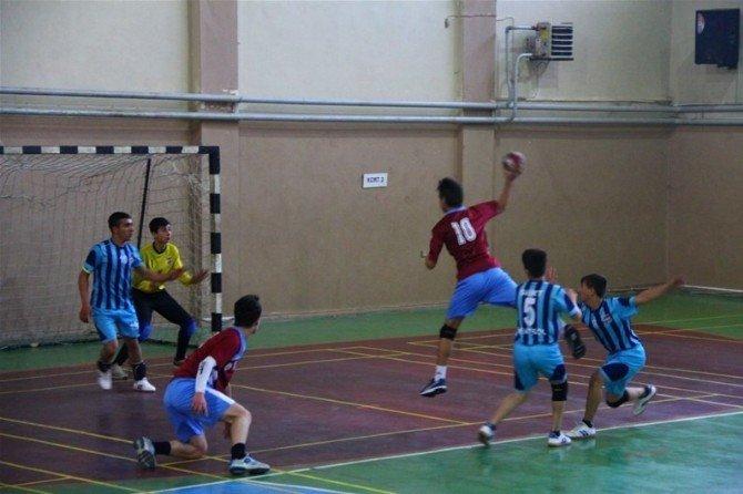 Analig Yarı Finalleri Erzincan'da Başladı