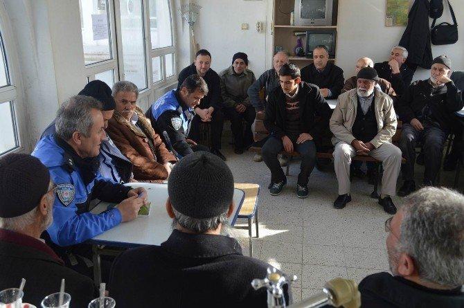 Arslanlı Mahallesi'nde Huzur Toplantısı Yapıldı