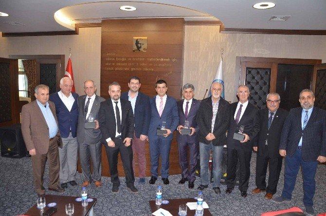 Yeni Asgari Ücret Ve Kıdem Tazminat Tasarısı Panelde Tartışıldı
