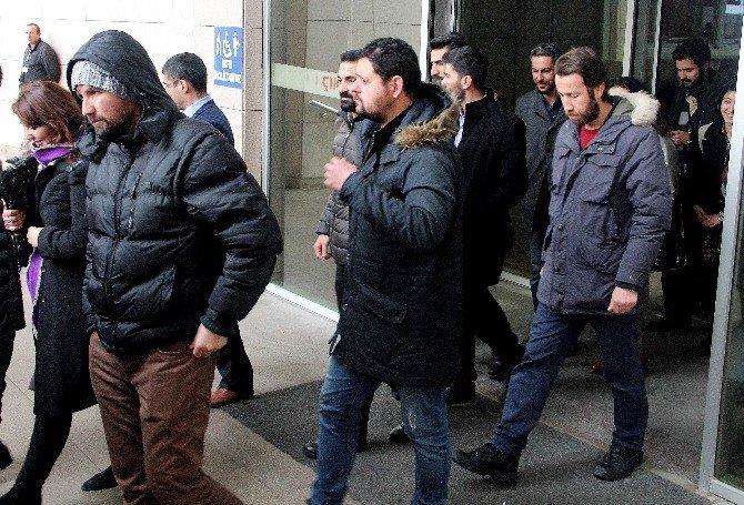 Terör Operasyonunda Gözaltına Alınan 7'si Avukat 27 Şüpheli Serbest Bırakıldı