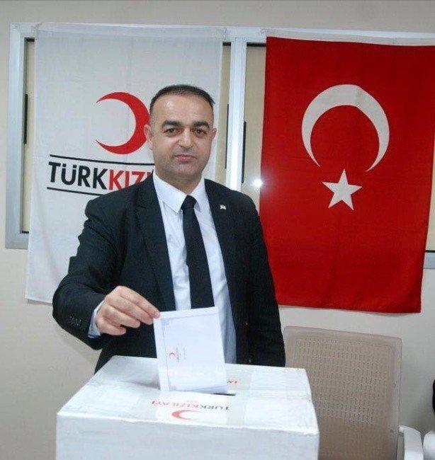 İzmir Gazeteciler Cemiyetinde Zarar Tartışması