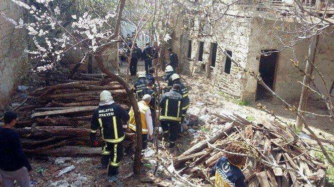Malatya'da Göçük: 1 Yaralı