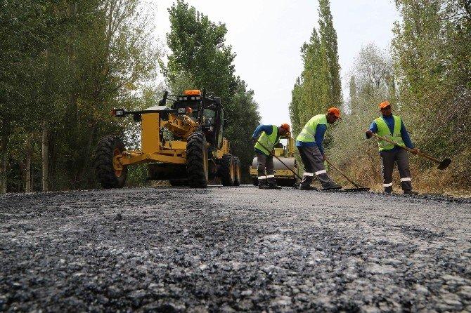 Sivas İl Özel İdaresi'nden Kırsala 16 Milyon Lira Yatırım