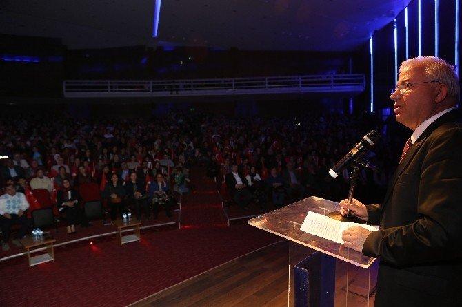 Torbalı'da Çanakkale Programına Onlarca Kişi Katıldı