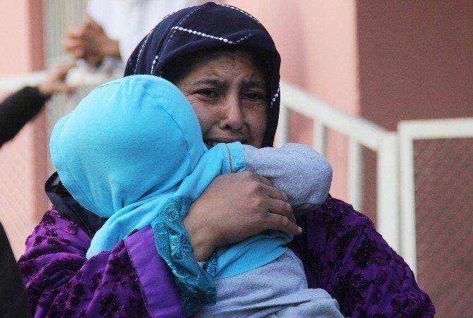 Hasta Ziyaretinde Araçları Alev Alev Yanınca Gözyaşlarına Boğuldular