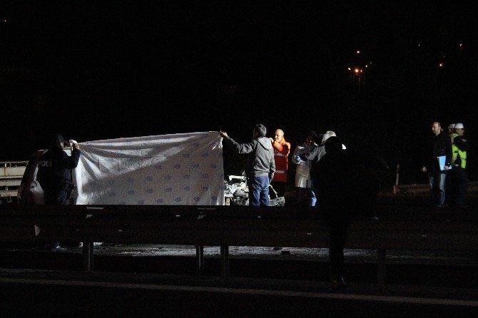Takla Atarak Ters Şeride Geçen Cipe Tanker Çarptı: 2 Ölü