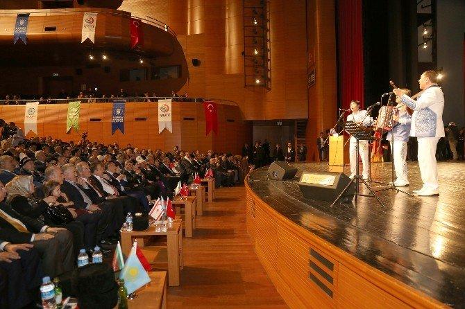 Başkan Altepe'ye 'Türk Dünyası Hizmet Nişanı'