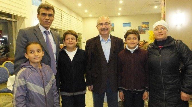 Balıkesir Valisi Mustafa Yaman Çorumlu Hemşerilerini Sevindirdi