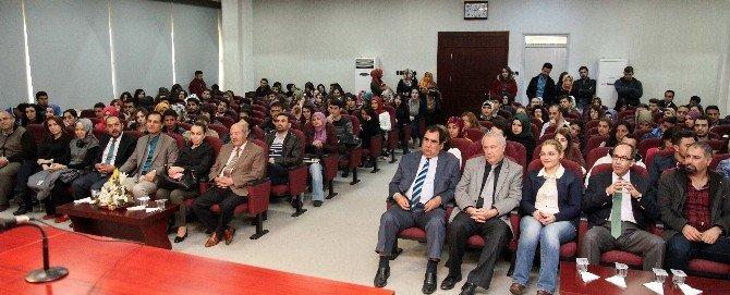 """""""Türk Kültüründe Kamlık"""" Konferansı Düzenlendi"""