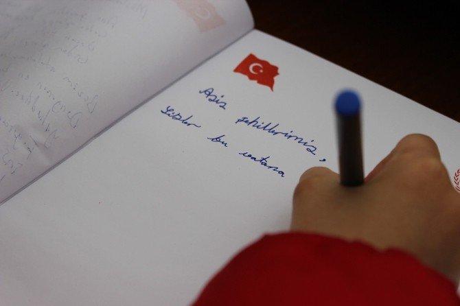 İlkokul Öğrencisinden Şehit Ailelerini Duygulandıran Mektup