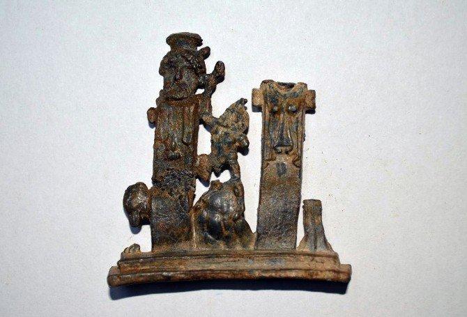 İzmir'de 125 Tarihi Eser Ele Geçirildi