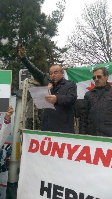 Suriyeliler, İç Savaşın 5. Yıl Dönümünde Açıklama Yaptı