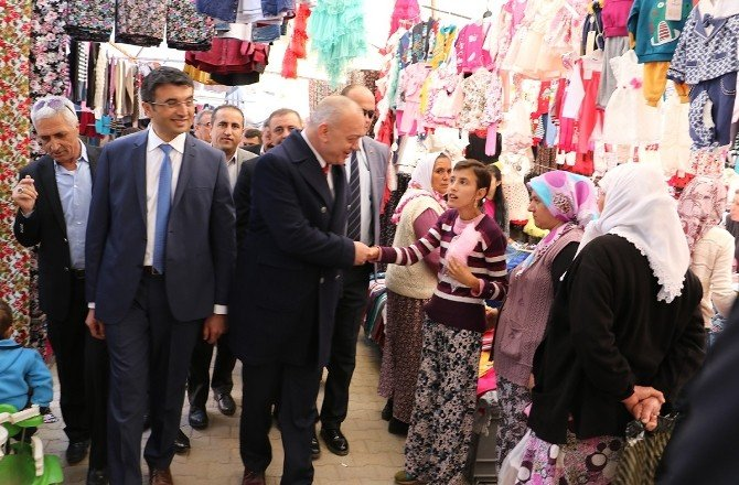Başkan Ergün, Pazar Esnafını Ziyaret Etti