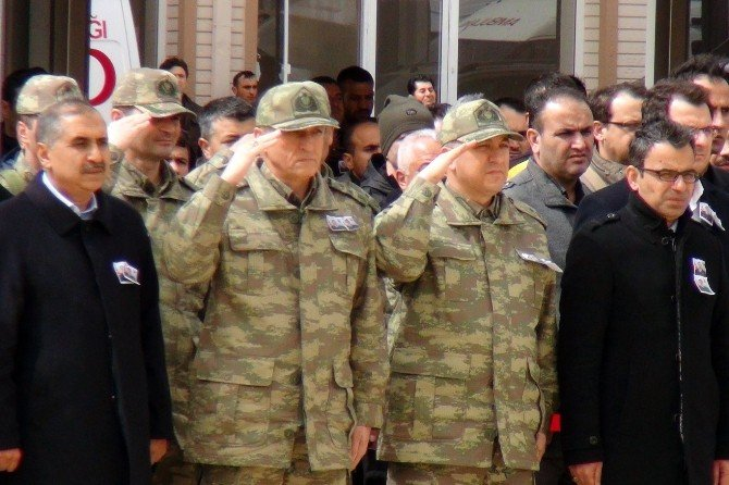 Şehit Askerler Memleketlerine Uğurlandı