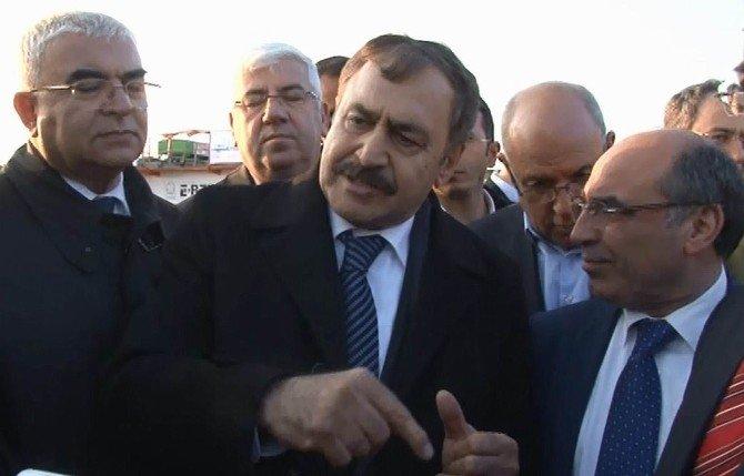 Bakan Eroğlu, Velimeşe Derin Deşarj Tüneli'ni Yerinde İnceledi