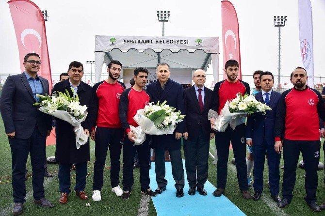 Suriyeli Mültecilerin Oynadığı Kardeşlik Ligi Turnuvası Başladı