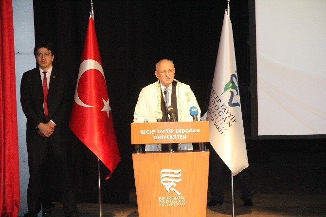 TBMM Başkanı Kahraman'a Fahri Doktora Unvanı