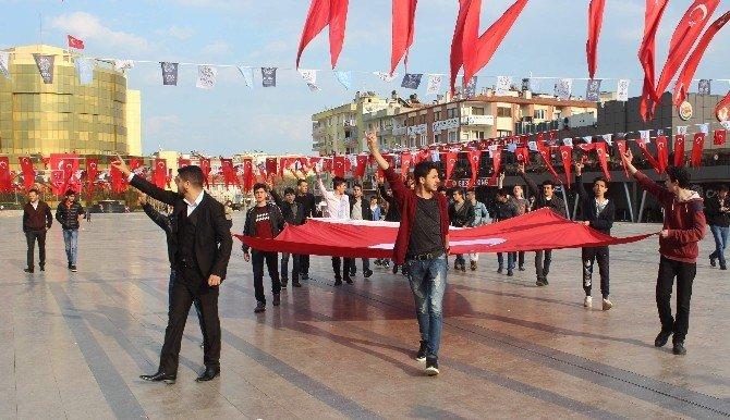 Ülkücüler Bayrakla Meydanı Turlayıp HDP Binasına Yürüdü